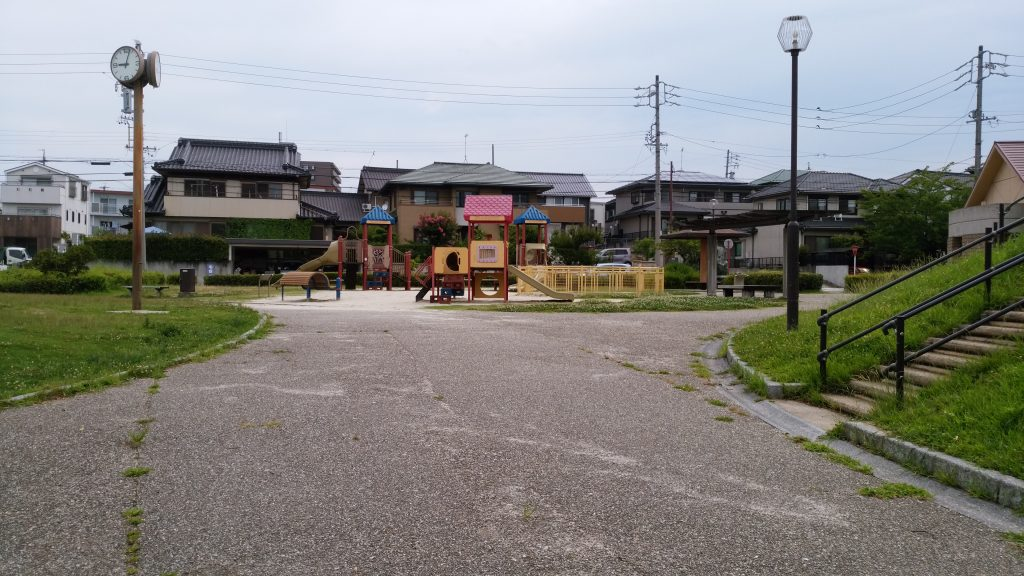 坂畑公園(豊明市栄町坂畑)遊具