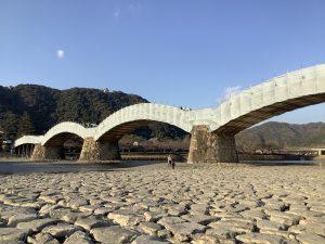 錦帯橋は補修中