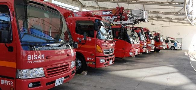 豊明市消防車
